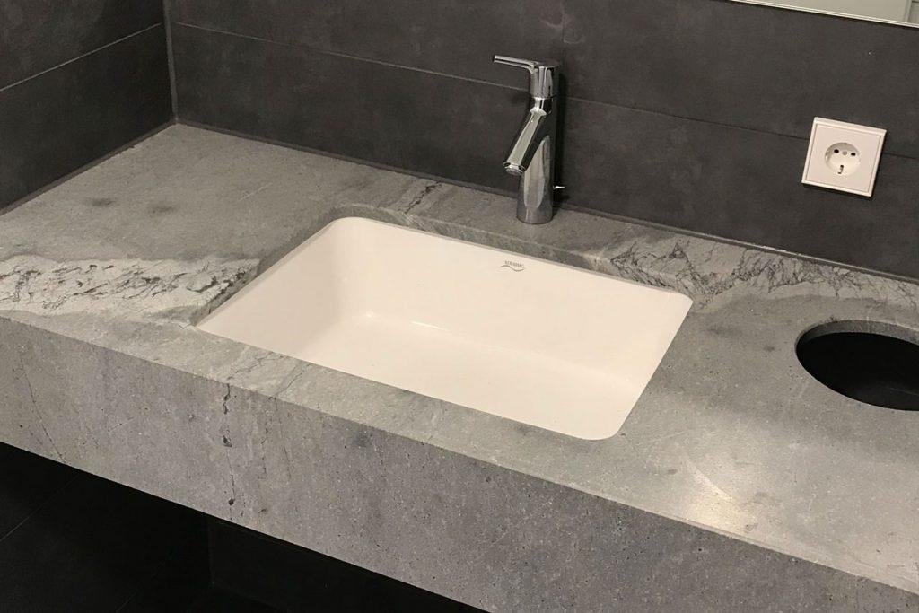 zimmer gaeste wc naturstein atlantic grey keramik